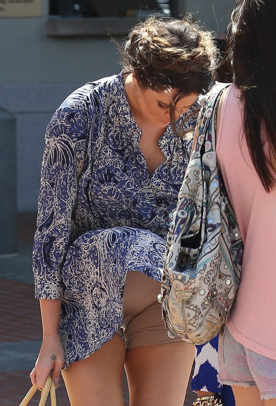 Khloe Kardashian pokazała, co nosi pod spodem (FOTO)