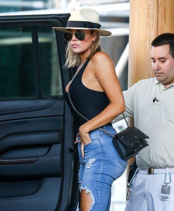 Khloe Kardashian boi się, bo ciąża RUJNUJE jej pupę