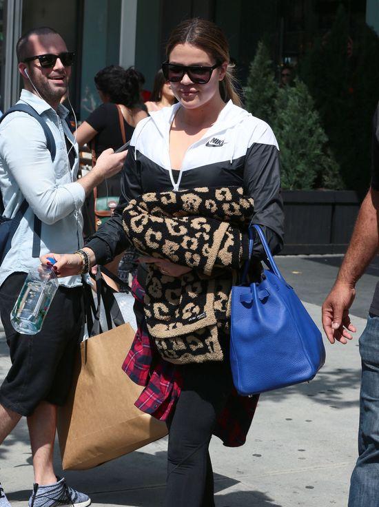 Khloe Kardashian walczy z trądzikiem (FOTO)