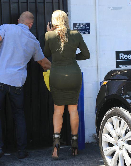 Khloe Kardashian dała plamę (FOTO)