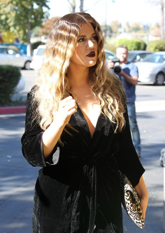 Khloe Kardashian wygląda jak pudel (FOTO)