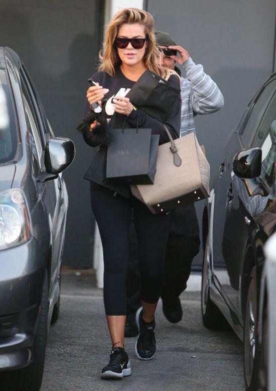 Khloe Kardashian znowu odwiedziła fryzjera (FOTO)