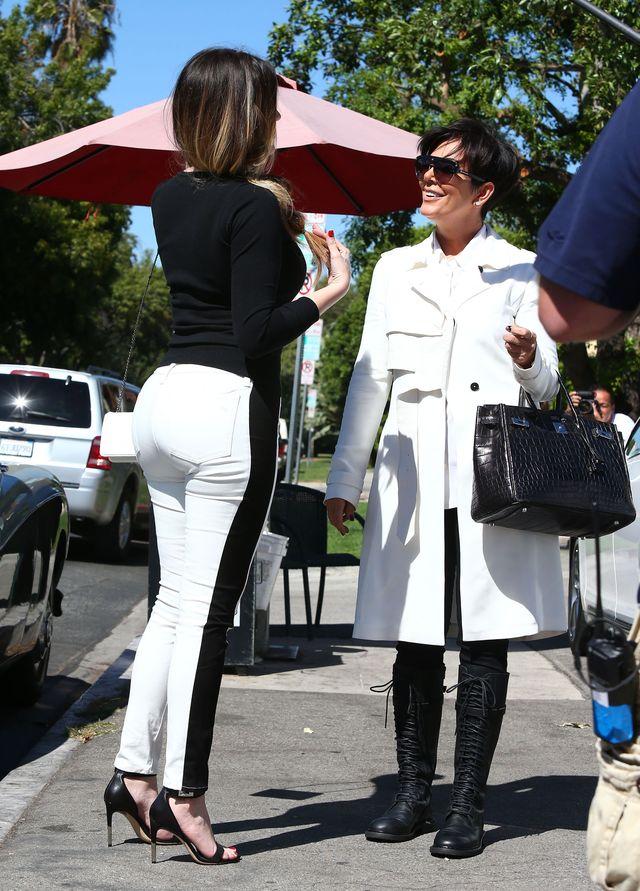 Khloe o Kris Jenner: Nauczyła mnie, jak się ubierać