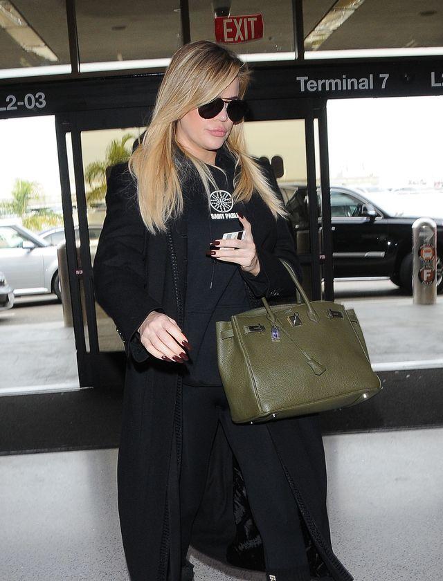 Khloe pokazała swój ciążowy brzuch, a co z Kylie?