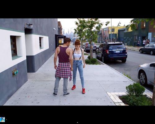 Kiesza kręciła to wideo ze złamanym żebrem [VIDEO]