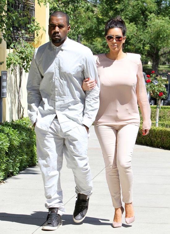 Kanye West chce zabrać w trase Kim i Nori