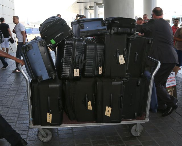 Ile bagaży zabrała Kim Kardashian na swój ślub? (FOTO)
