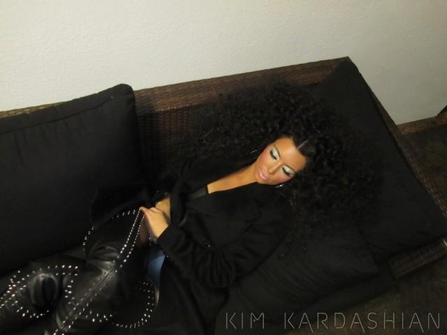 Kim zrobiła sobie afro a'la Diana Ross (FOTO)