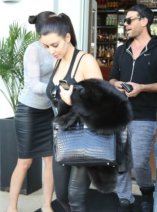 Kim Kardashian bez makijażu (FOTO)