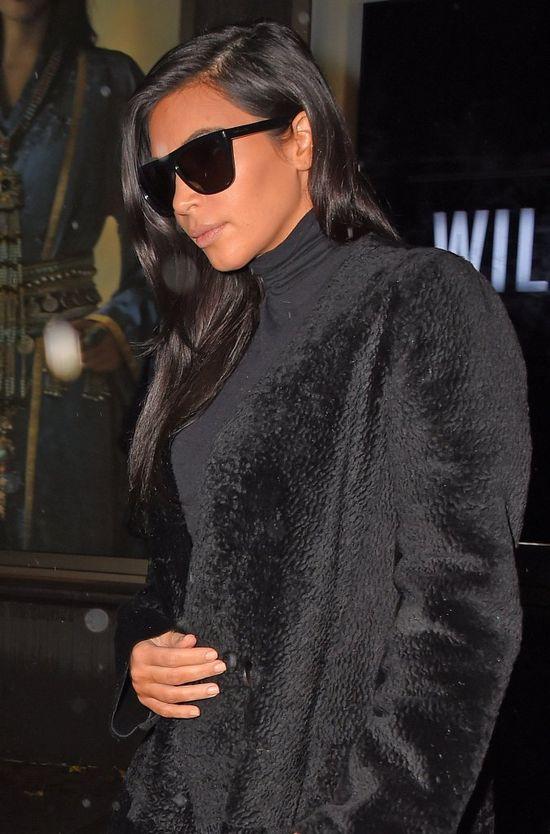 Kim Kardashian z pomarańczową twarzą (FOTO)