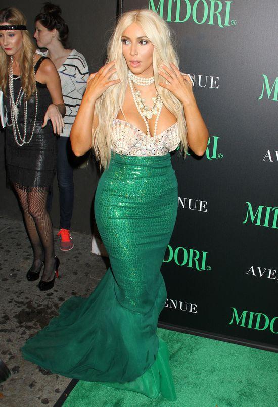 Kim Kardashian zmieni kolor włosów na platynowy blond?