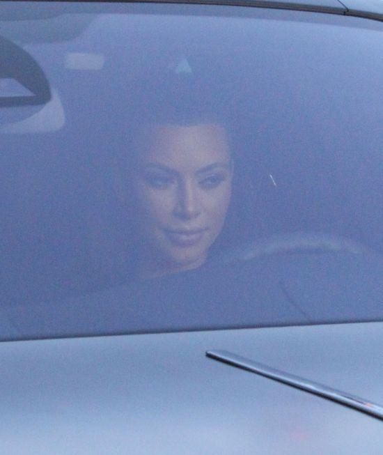Kim Kardashian zrobi wszystko, by pi�knie wygl�da�! (FOTO)