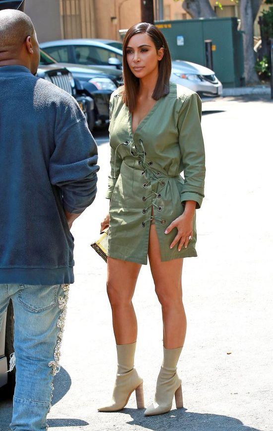 Kim Kardashian wyszła z domu bez doczepów! (FOTO)