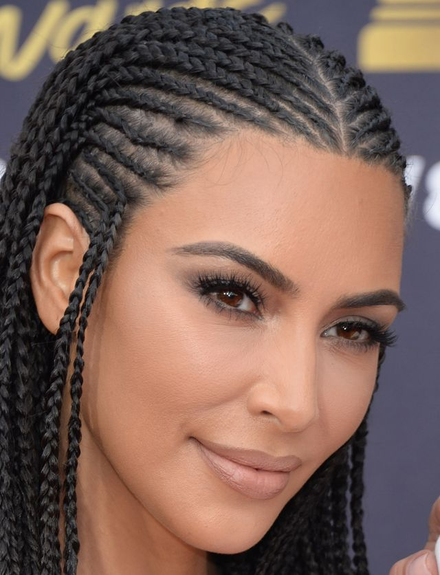 Kim Kardashian w nowej fryzurze na gali MTV Movie Awards 2018 (ZDJĘCIA)