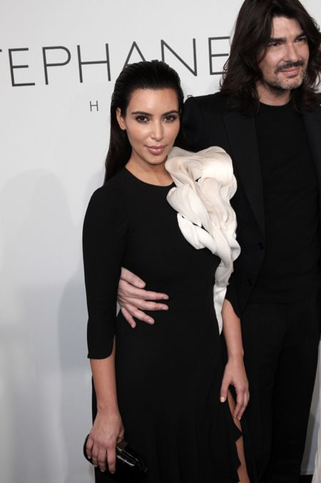 Kanye wprowadza Kim w świat mody (FOTO)