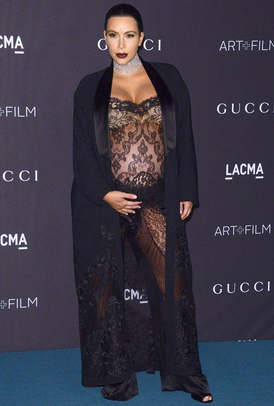 Kim Kardashian po urodzeni syna usunie macicę?