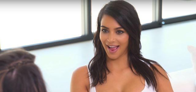 Niesamowite! Co Chrissy Teigen i Kim Kardashian chcą nam WMÓWIĆ?