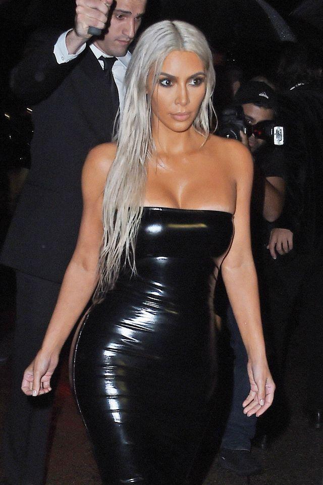 Kanye West nie był przy Kim podczas Tygodnia Mody. Oto powód