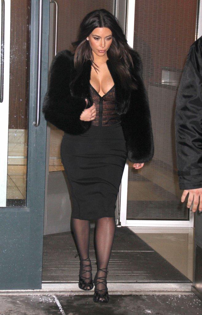 Naya Riviera niczym klon Kim Kardashian (FOTO)