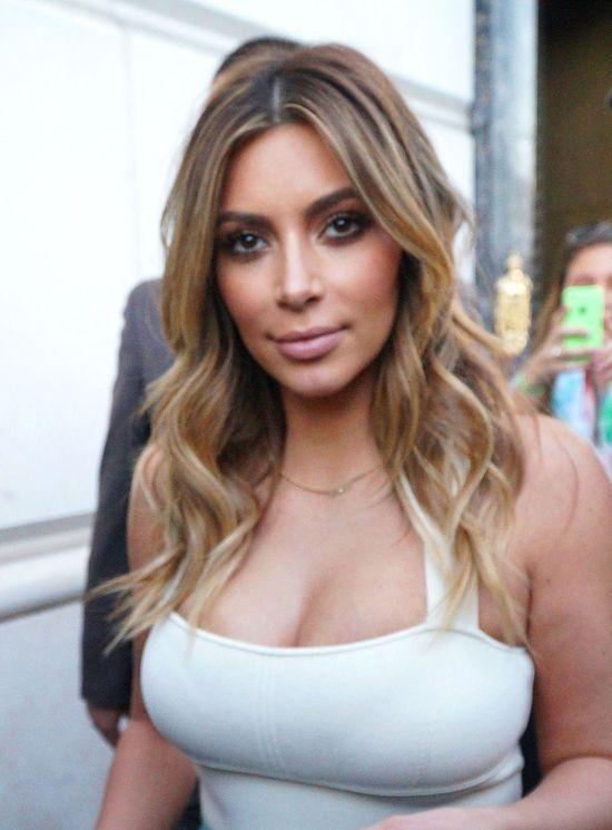 Kim Kardashian też łysieje! (FOTO)