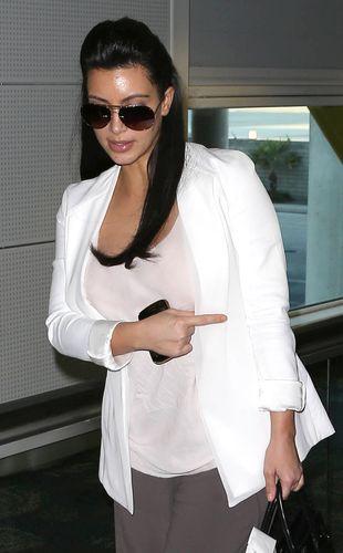 Kim Kardashian ZBRZYDNIE w ciąży?