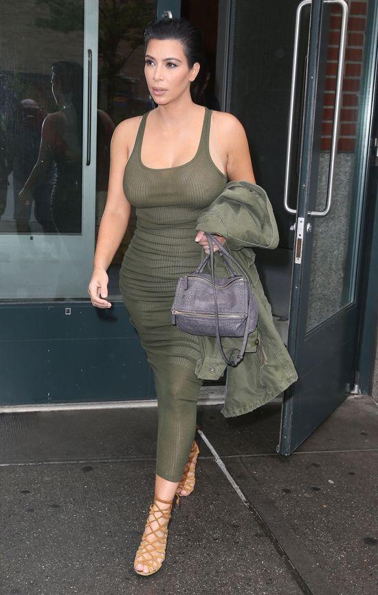 Zaczyna się! Kim Kardashian boi się, że przytyje (FOTO)