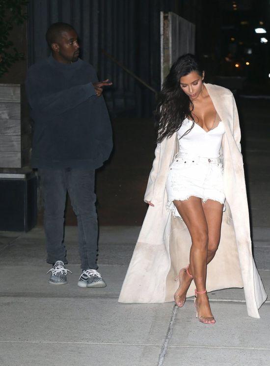 Kim do Kanye: W piersi, patrz mi prosto w piersi (FOTO)