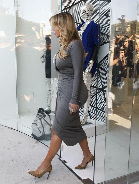 Kim Kardashian napisze ksi��k� o odchudaniu! (FOTO)