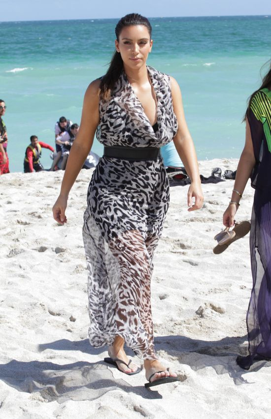 Kim Kardashian jest na diecie 1200 kcal (FOTO)