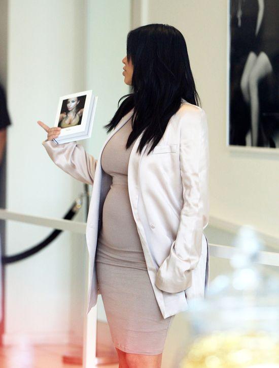 Gdzie podział się blask Kim Kardashian? (FOTO)