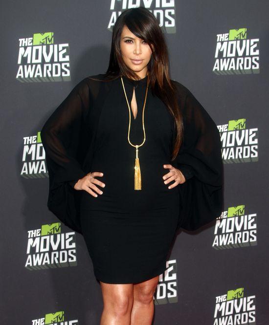 Dlaczego Kim będzie teraz zakładać tylko obcisłe sukienki?