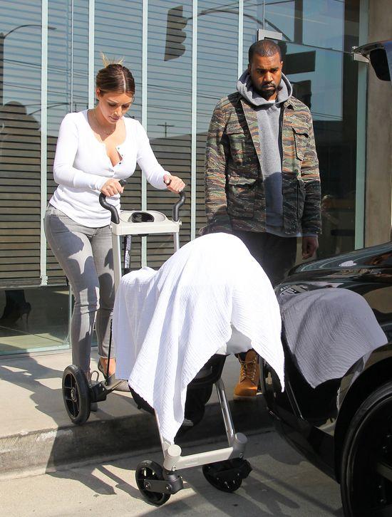 Kim Kardashian wyszła z North West, by uciszyć hejterów?