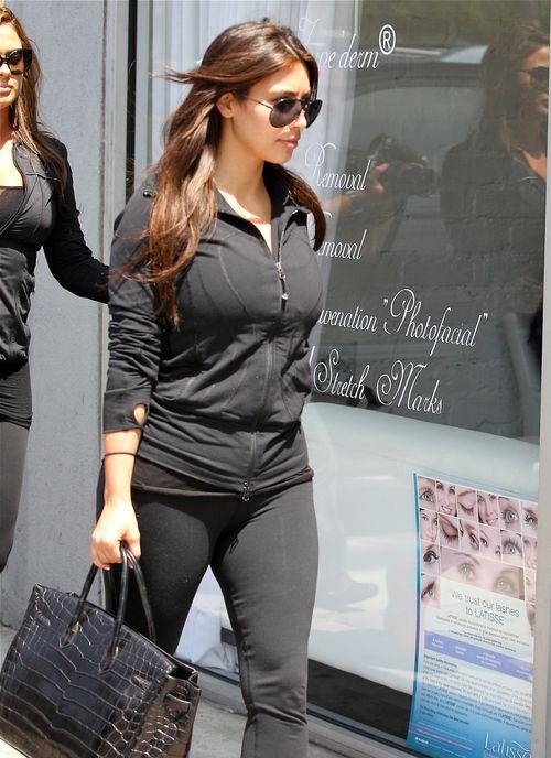 Dres to nie jest str�j dla Kim Kardashian (FOTO)