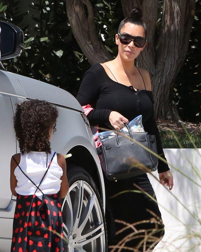 Kim Kardashian nie wychodziła z domu od 2 tygodni. Teraz zrobiła wyjątek