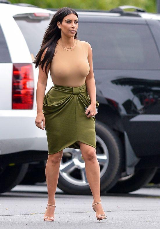 Poszerzająca spódnica, na TAKICH biodrach? (FOTO)