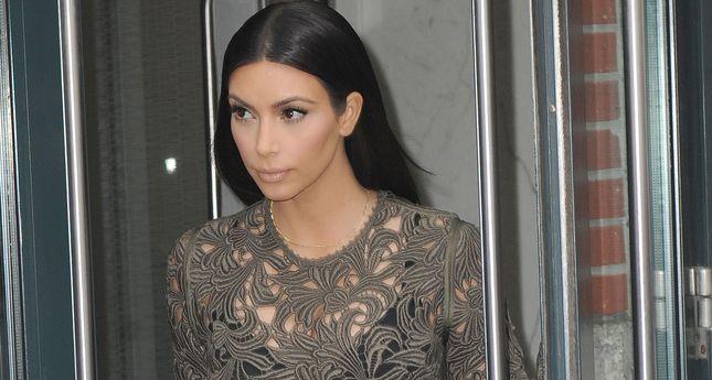 Kim Kardashian przewróciła się na rowerze!