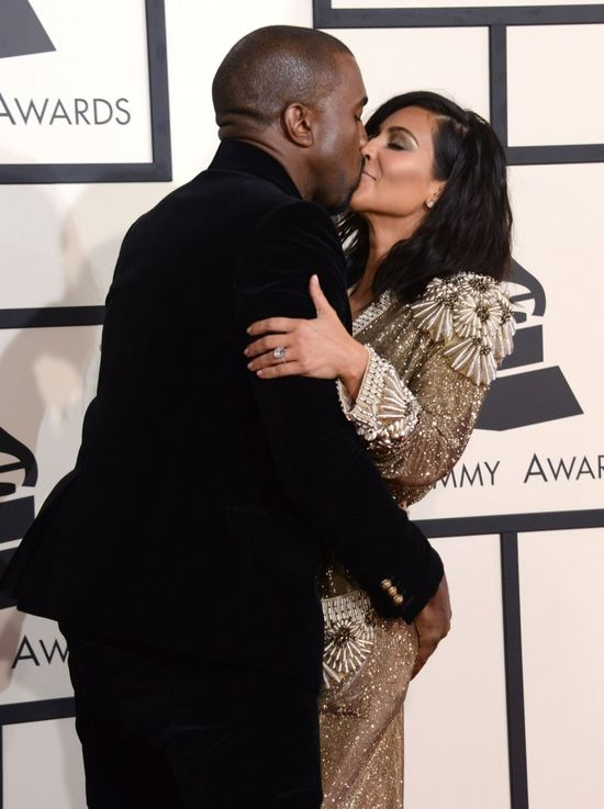 Eksperci twierdzą, że Kimye udwali miłość przed kamerami