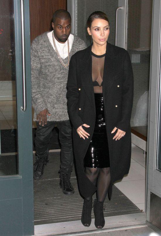 Jeszcze więcej biustu Kim Kardashian! (FOTO)