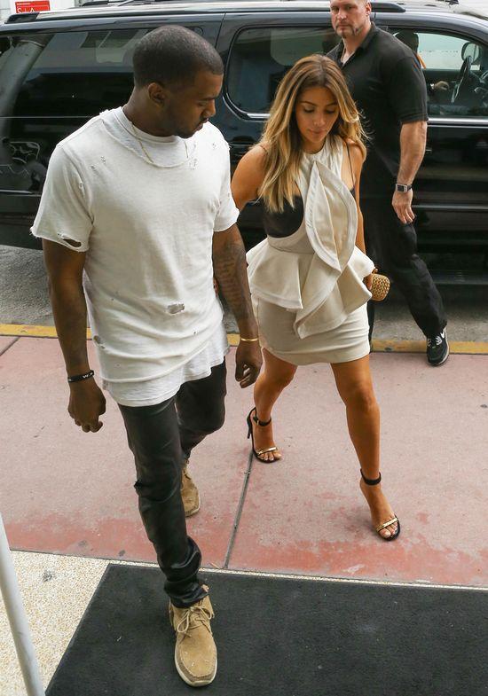 Modowa masakra Kim Kardashian (FOTO)