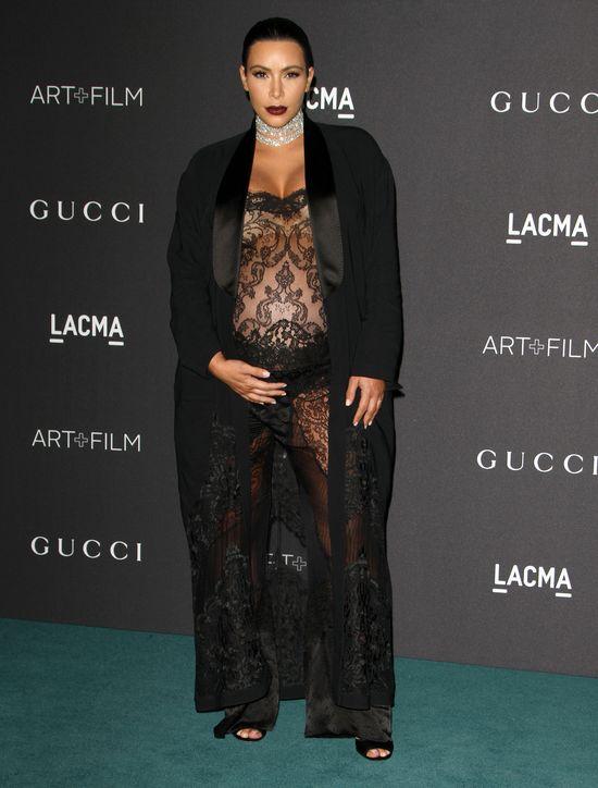 Kim Kardashian zaczęła rodzić na wizji!