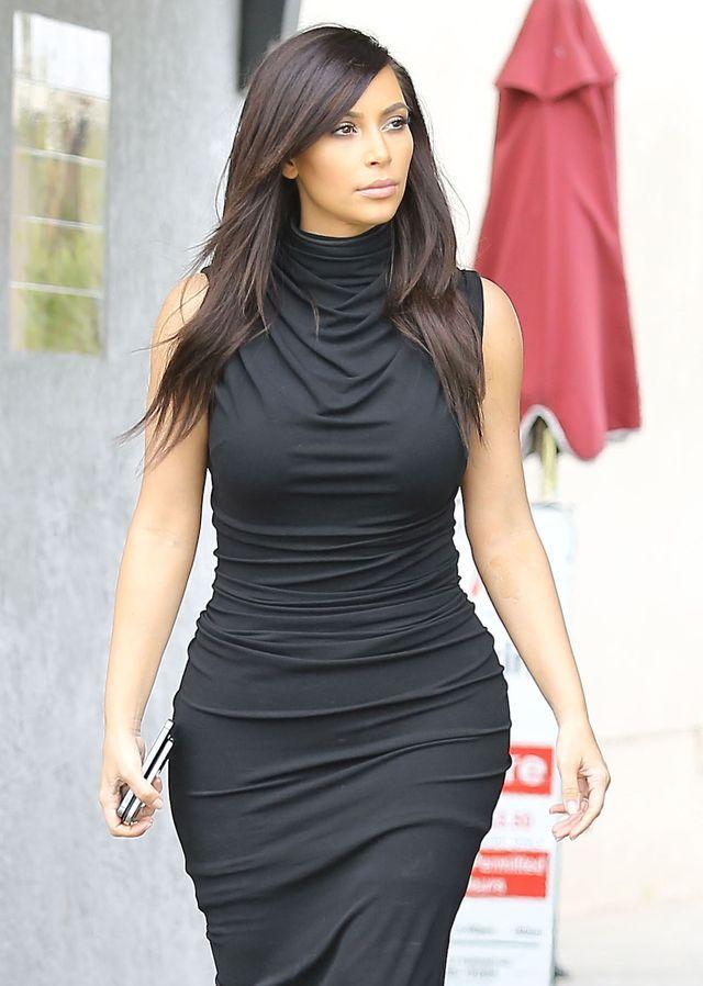 Kim Kardashian NAGO BEZ RETUSZU dla Harper's Bazaar