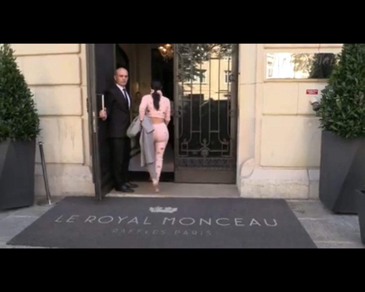 Kim tłumaczy: Nie zapomniałam Nori z hotelu!