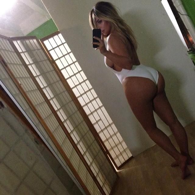Broook: Kim Kardashian, ju� widzia�am gdzie� to zdj�cie, HA!