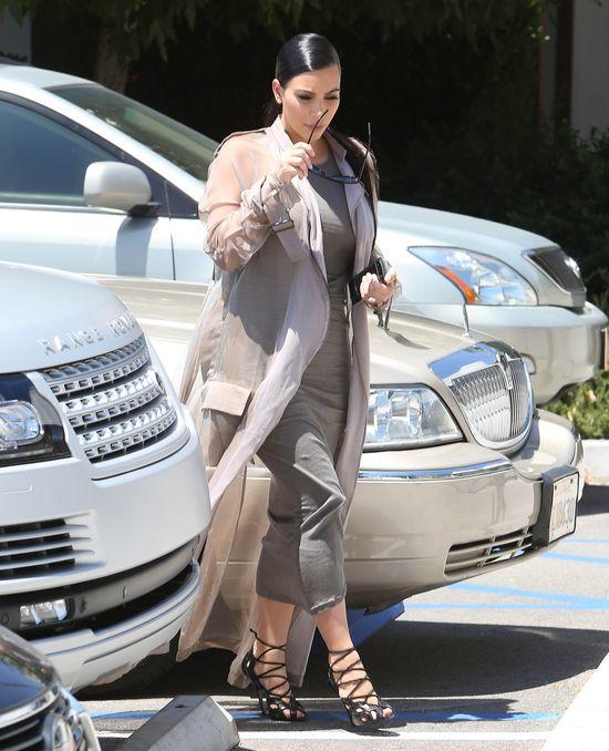 Ciążowy styl Kim znowu woła o pomstę? (FOTO)