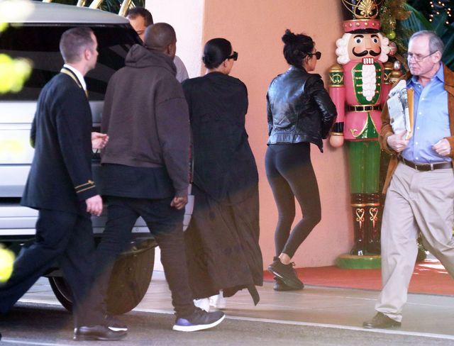 Ciężarna Kim Kardashian wreszcie skapitulowała (FOTO)