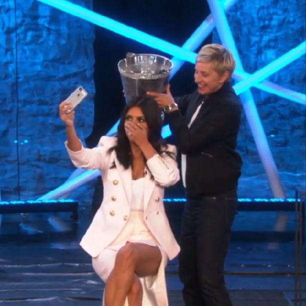Kim Kardashian też oblała się lodowatą wodą (FOTO)