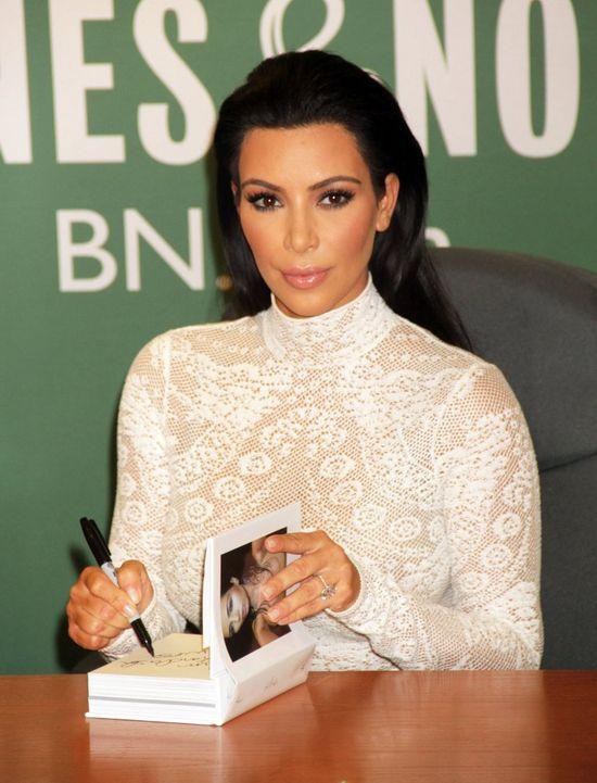 Kim Kardashian pokaza�a selfie bez makija�u (Insta)