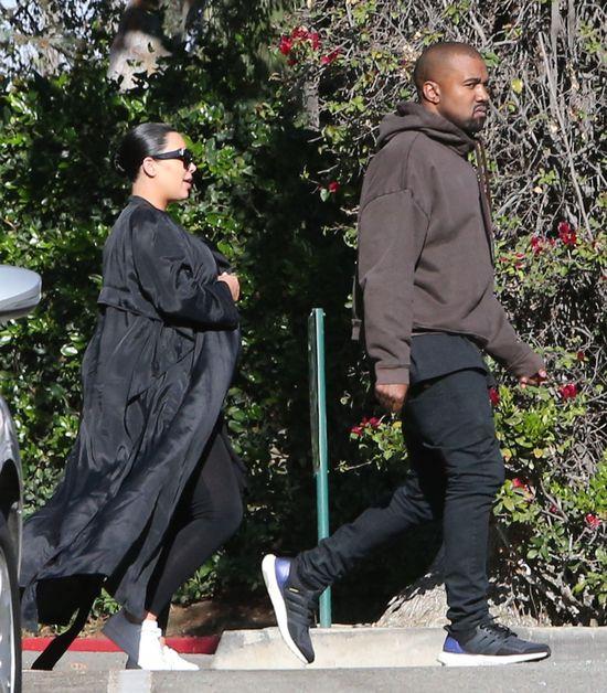 Ciężarna Kim Kardashian jest chora! (Insta)