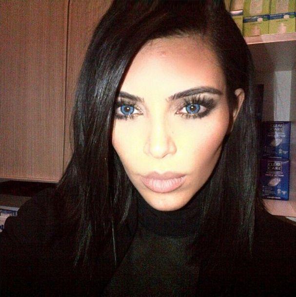 Kim Kardashian założyła dziecku soczewki?! (FOTO)