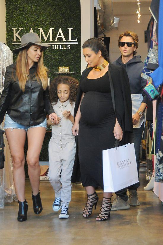 Po tych zdj�ciach b�dziecie wsp�czu� Kim Kardashian (FOTO)